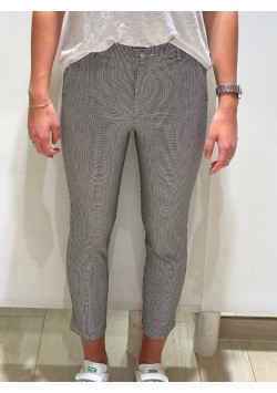 Pantalon noir et blanc